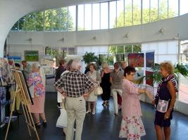 Assistance au vernissage de l`exposition Pierre Régnier