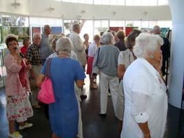 Vernissage de l`exposition Pierre Régnier visiteurs