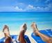 Mer à St-Martin avec pieds en 1er plan - huile sur toile