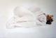 Nu féminin couché fond clair - huile sur toile- 2012
